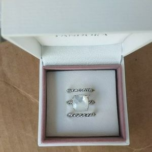 Pandora retired mother of pearl 3 ring set
